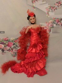 Tonner Re-Imagination - Cardinal (Antoinette) LE 100