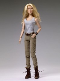Julie Warm Bodies Tonner outfit